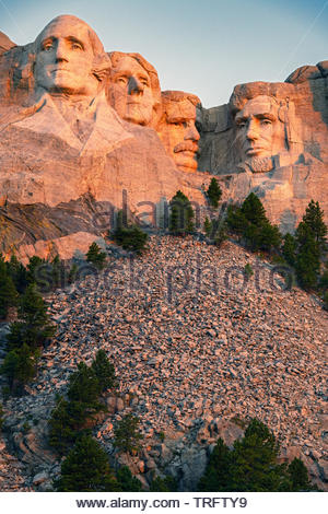 On a part of the Black Hills are carved giant heads of four American presidents : George Washington, Thomas Jefferson, Abraham Lincoln and Theodore Roosevelts. granite surface of Mount Rushmore National Memorial. South Dakota, U.S.A - Stock Photo