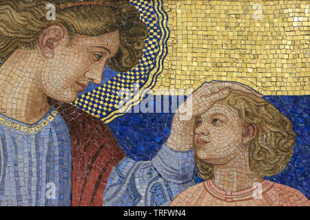 Ste. Anne. Mosaic by Rudolf Jettmar (1869-1939). Steinhof Church built by Otto Wagner between 1902 and 1907. Vienne. Autriche. - Stock Photo