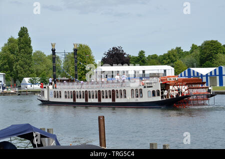 A pleasure boat at Henley on the River Thames. The New Orleans is a replica paddle steamer run by Hobbs of Henley. - Stock Photo