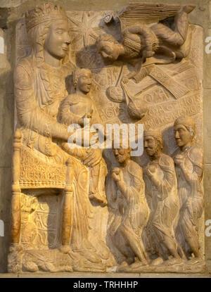 Adoration of the Magi, 13th century,  stone carving, Santa Maria della Pieve, Arezzo, Tuscany, Italy, Europe - Stock Photo