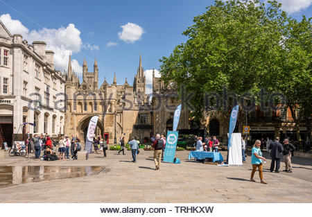 Peterborough, Cambridgeshire, UK, June 6th, 2019. The Brexit Party campaign for the June 2019 Parliamentary by-election alongside the Renew Party in Cathedral Square, Peterborough. Credit: Michael David Murphy / Alamy Live News - Stock Photo