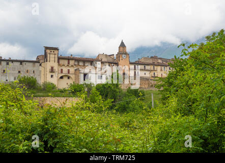 Assergi (Abruzzo, Italy) - A small charming medieval village surrounded by stone walls, in the municipality of L'Aquila, under the Gran Sasso mountain - Stock Photo