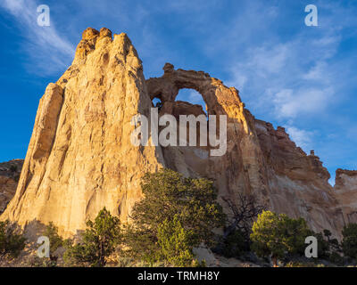 Grosvenor Arch, Cottonwood Wash Road 400, Grand Staircase-Escalante National Monument south of Cannonville, Utah. - Stock Photo