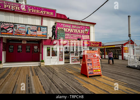 The theatre on Britannia Pier Great Yarmouth, Norfolk with the booking office beside it - Stock Photo