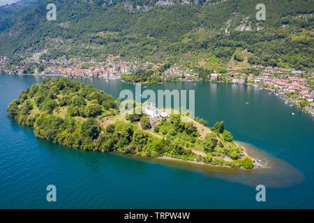 Aerial view of the Isola Comacina, Ossuccio, Tremezzina, Como Lake, Lombardy, Italy. - Stock Photo