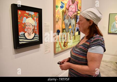 London, UK. Chinese Cloth by Bridget Cox, Model Hilary Lintow. BP Portrait Award 2019 Press View, The Exhibition runs from 13 June to 20 October 2019. National Portrait Gallery, St Martin's Place, London Credit: michael melia/Alamy Live News - Stock Photo
