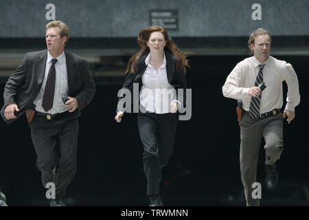 JULIANNE MOORE in NEXT (2007). Copyright: Editorial use only. No merchandising or book covers. This is a publicly distributed handout. Access rights only, no license of copyright provided. Only to be reproduced in conjunction with promotion of this film. Credit: REVOLUTION STUDIOS/SATURN FILMS/EYETRONICS USA/INITIAL ENTER / Album - Stock Photo