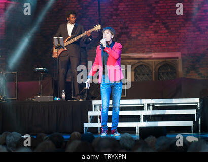 Cliff Richard performing at the Hampton Court Live  festival, Hampton Court Palace, Surrey, UK. June 22, 2013 - Stock Photo