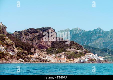 Sailing yacht against the Amalfi coast, Campania/Italy - Stock Photo