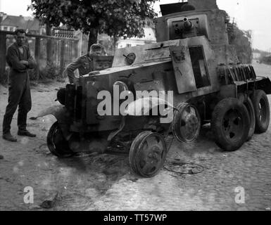 2. Weltkrieg Sowjetarmee / Rote Armee Ostfront Aufklärungspanzer BA-10M - 2nd World War Soviet Army / Red Army Eastern Front Armoured Car - Stock Photo
