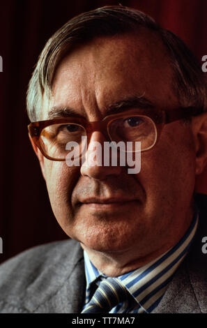 William Rees-Mogg in 1985. Former Editor of The Times of London. William Rees-Mogg, Baron Rees-Mogg (14 July 1928 – 29 December 2012) was a British newspaper journalist, who was the Editor of The Times from 1967 to 1981. In the late 1970's he served as High Sheriff of Somerset, and in the 1980's was the Chairman of the Arts Council of Great Britain and Vice-Chairman of the British Broadcasting Corporation's Board of Governors. - Stock Photo