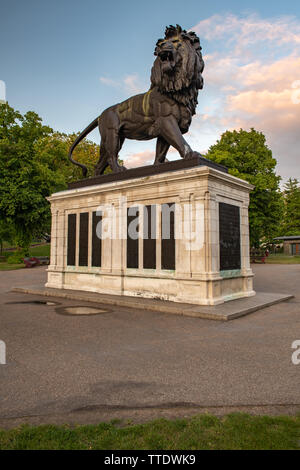 Maiwand Lion. Forbury Gardens Reading Berkshire UK. - Stock Photo