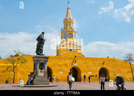 Statue of Pedro de Heredia and public clock tower at Boca del Puente, the main entrance to the historic center of Cartagena, UNESCO World Heritage sit - Stock Photo