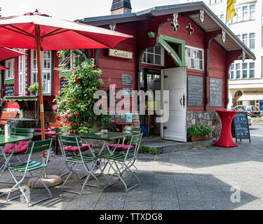Creplala. Creperie selling sweet & savoury crepes & waffles in a rustic kiosk on Amrichtsplatz, Charlottenburg-Berlin - Stock Photo