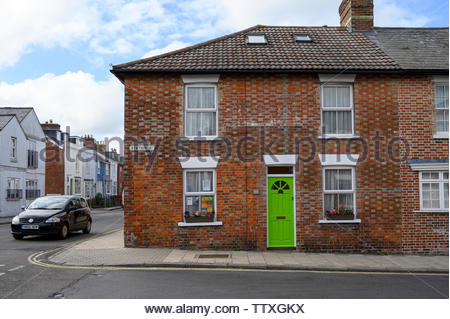 Street corner, Station St, Lymington, Hampshire, England, UK - Stock Photo