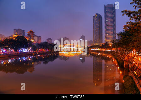 night photography of Anshun Bridge Chengdu, Kuan Zhai ...