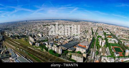 Panorama aerial of 18e arrondissement with the Sacré-Cœur, Paris, France - Stock Photo
