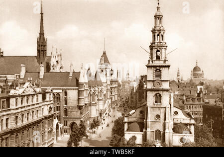 The Royal Courts of Justice, London, UK, ca 1920 - Stock Photo