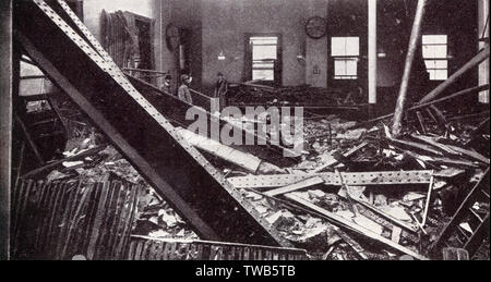WW1 - Home Front - Daylight Air Raid - Damage to the General Post Office building, London.     Date: 1917 - Stock Photo