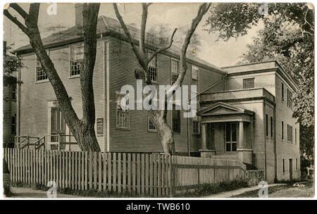 Historical Association building (formerly a Quaker Meeting House), Fair Street, Nantucket, Massachusetts, USA.      Date: circa 1906