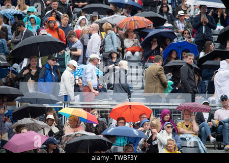 The Queens Club, London, UK. 19th June 2019. Day 3 of The Fever Tree Championships. Stan Wawrinka (SUI) vs Daniel Evans (GBR) on centre court. Play is suspended due to rain. Credit: Malcolm Park/Alamy Live News. - Stock Photo