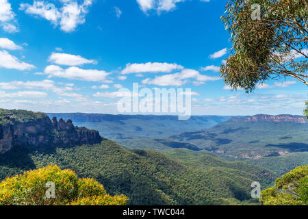 View over the Blue Mountains towards The Three Sisters from Malaita Lookout, Katoomba, New South Wales, Australia - Stock Photo