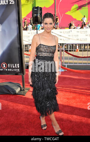 LOS ANGELES, CA. July 23, 2008: Amanda Peet at the world premiere of her new movie 'The X-Files: I Want To Believe' at Grauman's Chinese Theatre, Hollywood. © 2008 Paul Smith / Featureflash - Stock Photo