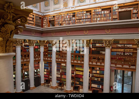 The National Library of Finland (Finnish: Kansalliskirjasto, Swedish: Nationalbiblioteket) is the foremost research library in Finland. Administrative - Stock Photo
