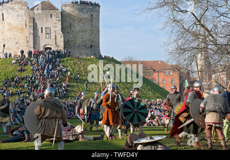 Battle between Vikings and Anglo Saxons at the Viking Festival Clifford's Tower. - Stock Photo