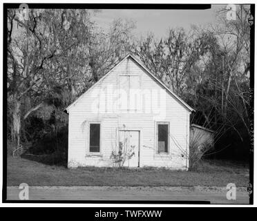 Planar view of front (southeast) side of building, facing northwest. - Dorch Store, North side of Branch Road, east of Roe Street, Stockton, Lanier County, GA - Stock Photo