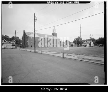 SEVENTH DAY ADVENTIST CHURCH AT 1942 MAGAZINE STREET, EAST SIDE AND SOUTH REAR - Russell Neighborhood, Bounded by Congress and Esquire Alley, Fifteenth and Twenty-first Streets, Louisville, Jefferson County, KY; Russell, Harvey Clarence - Stock Photo