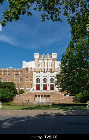 Little Rock, Arkansas - Little Rock Central High School, site of an historic school desegregation crisis in 1957. The school, which has more than 2,00 - Stock Photo