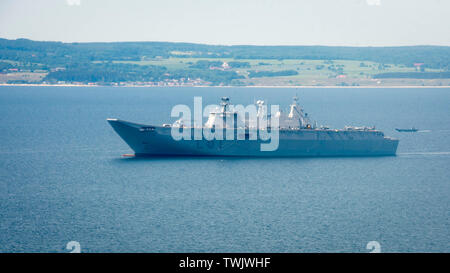 190618-N-LX838-0392 BALTIC SEA (June 18, 2019) The Spanish navy amphibious assault ship-aircraft carrier ESPS Juan Carlos I (L-61) is underway in the Baltic Sea in support of exercise Baltic Operations (BALTOPS) 2019. BALTOPS is the premier annual maritime-focused exercise in the Baltic Region, marking the 47th year of one of the largest exercises in Northern Europe enhancing flexibility and interoperability among allied and partner nations. (U.S. Navy photo by Mass Communication Specialist 3rd Class Steven Edgar) - Stock Photo