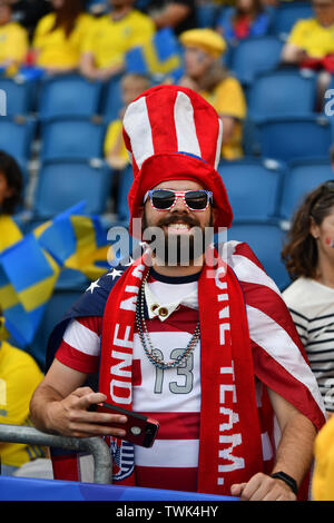 Le Havre, Frankreich. 20th June, 2019. USA Fans, 20.06.2019, Le Havre (France), Football, FIFA Women's World Cup 2019, Sweden - USA, FIFA REGULATIONS PROHIBIT ANY US PHOTOGRAPHS AS IMAGE SEQUENCES AND/OR QUASI VIDEO. | usage worldwide Credit: dpa/Alamy Live News - Stock Photo