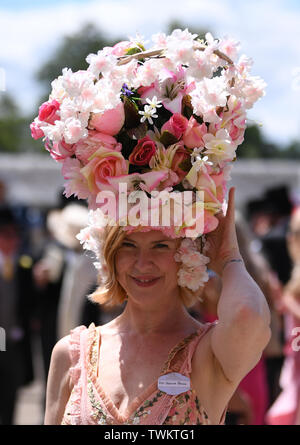 Ascot Racecourse, Berkshire, UK. 21st June, 2019. Royal Ascot Horse racing; Fabulous hats of Royal Ascot Credit: Action Plus Sports/Alamy Live News - Stock Photo