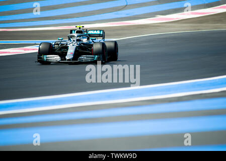 Marseille, France. 21st June 2019, Circuit Automobile Paul Ricard, Le Castellet, Marseille, France ; FIA Formula 1 Grand Prix of France, practise sessions; Valtteri Bottas of the Mercedes Team in action during free practice 1 Credit: Action Plus Sports Images/Alamy Live News - Stock Photo