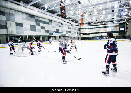 Melbourne, Australia. 21st June, 2019. JUNE 21: Canada Vs USA in the 2019 Ice Hockey Classic in Melbourne, Australia Credit: Chris Putnam/ZUMA Wire/Alamy Live News - Stock Photo