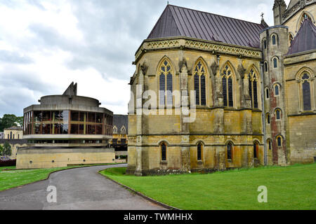 Downside Abbey and Abbey Church with new library building, Stratton-on-the-Fosse, Somerset, UK - Stock Photo