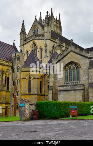 Downside Abbey and Abbey Church, Stratton-on-the-Fosse, Somerset, UK - Stock Photo