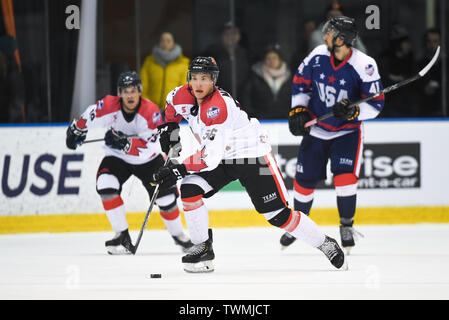 Melbourne, Victoria, Australia. 21st June 2019. 2019 Ice Hockey Classic, Canada versus USA; Kevin Noble of Canada moves the puck through the midfield Credit: Action Plus Sports Images/Alamy Live News - Stock Photo