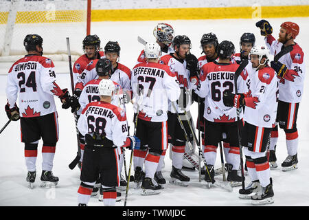 Melbourne, Victoria, Australia. 21st June 2019. 2019 Ice Hockey Classic, Canada versus USA; Canada players celebrate the win Credit: Action Plus Sports Images/Alamy Live News - Stock Photo