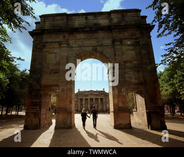 Glasgow, Scotland, UK 21st  June, 2019. UK Weather: Sunny in the city for the longest day or the summer solstice centre at the McLennan  Arch in the Glasgow Green park. Credit: Gerard Ferry/ Alamy Live News - Stock Photo
