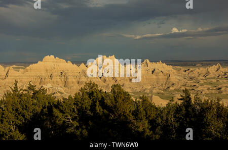 A landscape view of the vast prairie and hills of the Badlands of South Dakota. - Stock Photo