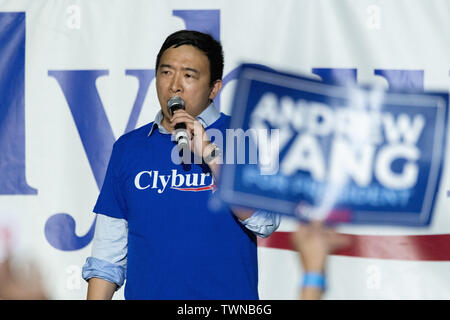 Columbia, United States. 21st June, 2019. Democratic presidential hopeful Andrew Yang addresses the Jim Clyburn World Famous Fish Fry June 21, 2019 in Columbia, South Carolina. The event kicks off the South Carolina Democratic Convention weekend and 22 Democratic candidates plan to attend the event. Credit: Planetpix/Alamy Live News - Stock Photo