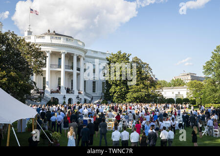 Washington, United States Of America. 21st June, 2019. President Donald J. Trump, joined by First Lady Melania Trump, Vice President Mike Pence and Second Lady Karen Pence, delivers remarks during the Congressional Picnic Friday, June 21, 2019, on the Blue Room Balcony of the White House People: President Donald Trump Credit: Storms Media Group/Alamy Live News - Stock Photo