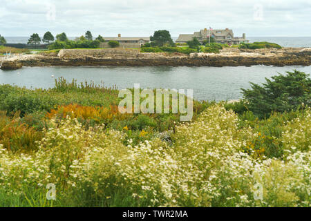Summer estate of the Bush family, known as the Bush compound, at Walker's Point, Kennebunkport, Maine, USA. - Stock Photo