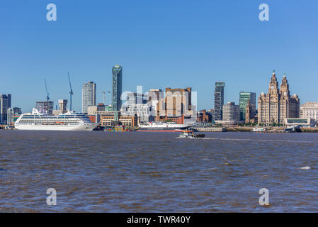 Invicta cruise ship. in the river Mersey at Liverpool pierhead. The Royal Liver building. - Stock Photo