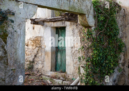 A rustic home overgrown with vines in the picturesque village of Pendueles along the Camino del Norte. This less-traveled route of the Camino de Santi - Stock Photo