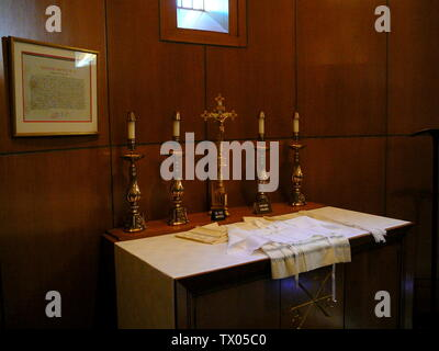 'English: Bishop's Vesting Altar in the Upper Church's Sacristy at the Basilica of the National Shrine of the Immaculate Conception; 6 May 2007; Own work (Original text:  self-made.); Richelieu08; ' - Stock Photo