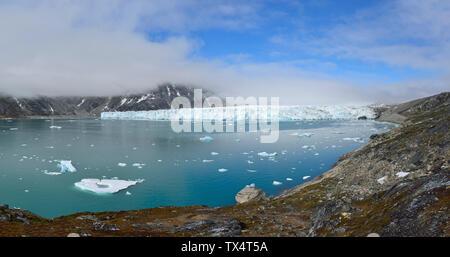 Greenland, East Greenland, Knud Rasmussen Glacier - Stock Photo